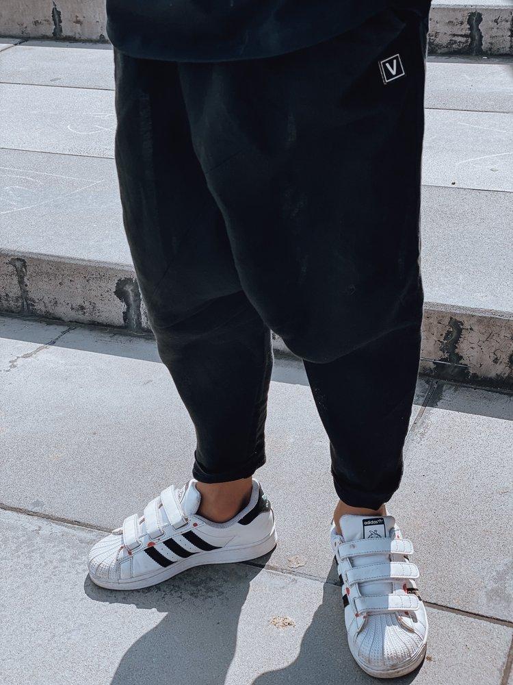 Linen pants black